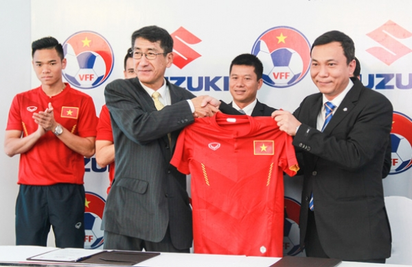 Suzuki tiếp tục tài trợ cho đội tuyển bóng đá Quốc gia Việt Nam
